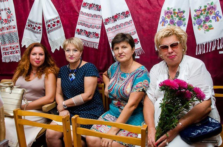 Конкурс «Мелодія рушника» Краматорськ 2016 фото 2